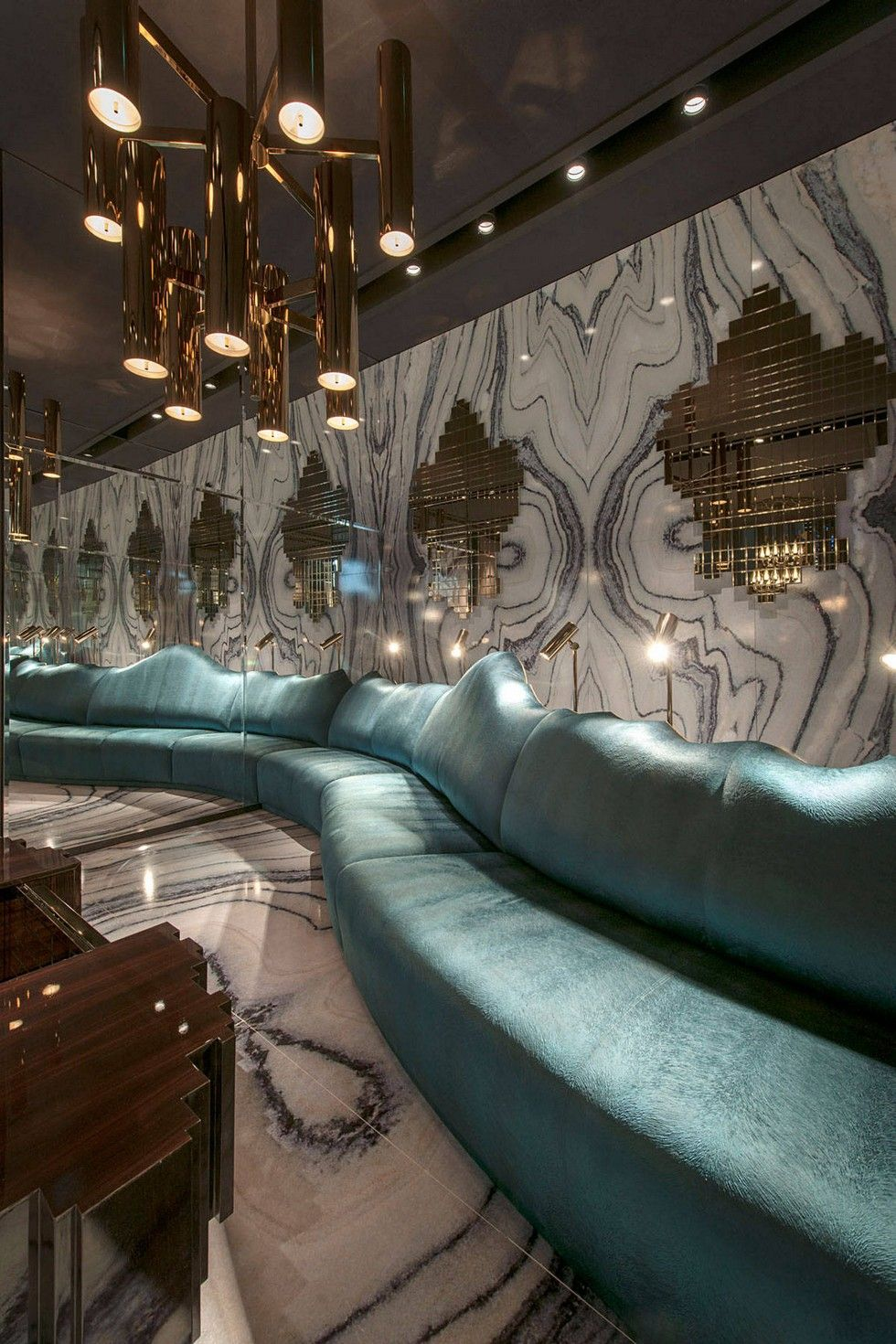 Luxury furniture clan milano collaboration with for Home decor milano