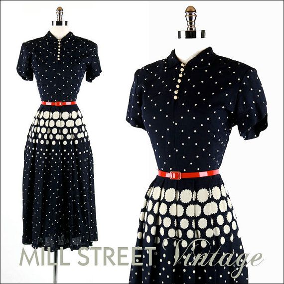 1940s 40s Vintage Dress --- Blue Linen White Whimsical Floral Print Crochet Buttons Swing Skirt M  $145.00