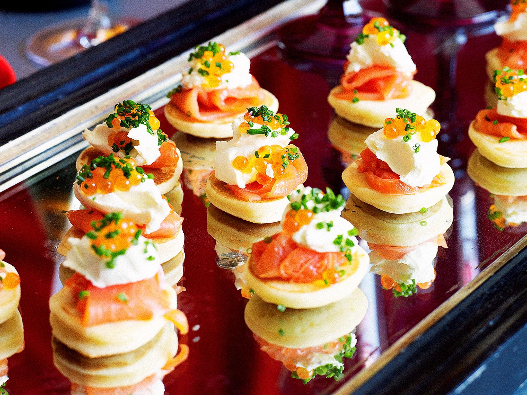 Ideas For Dinner Party Starters Part - 21: Blinis With Smoked Salmon
