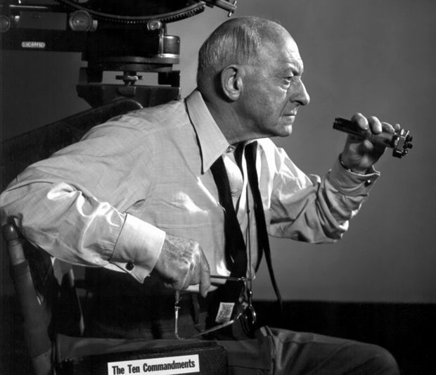 Cecil B Demille On The Set Of The Ten Commandments 1923 With
