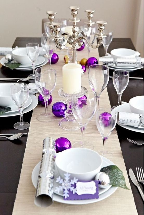 Colorful Christmas Tabletop Decor Ideas white red purple and teal & Colorful Christmas Tabletop Decor Ideas: white red purple and teal ...