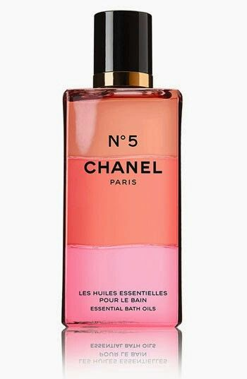256a0612 Impulse Buy of the Week - CHANEL No. 5 Essential Bath O… | beauty ...