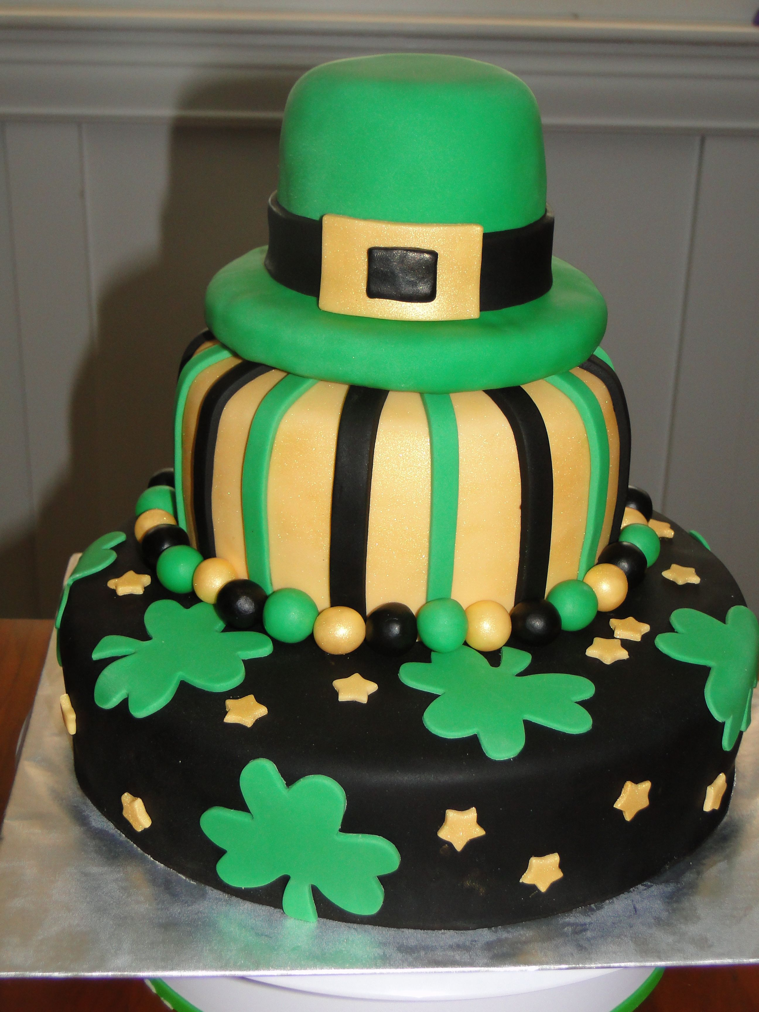 Wondrous Irish Birthday Cake St Patricks Day Cakes Irish Birthday Cake Cake Personalised Birthday Cards Veneteletsinfo