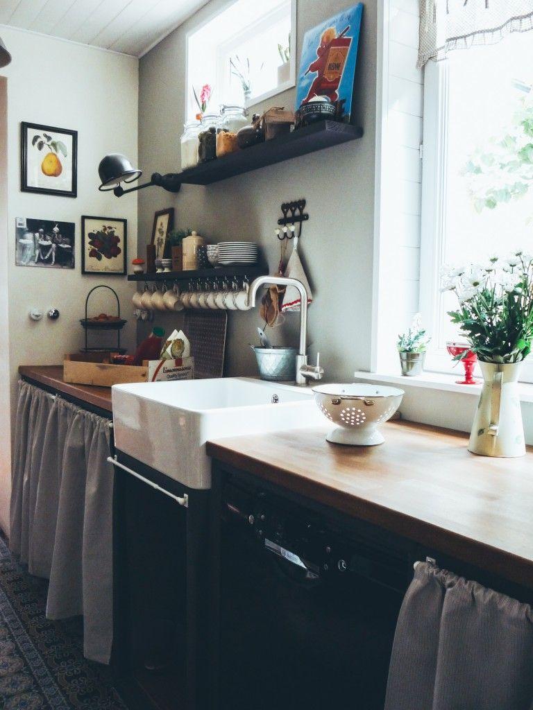 notre maison des ann es 30 la cuisine avant apr s et ses carreaux de ciment chez nous. Black Bedroom Furniture Sets. Home Design Ideas