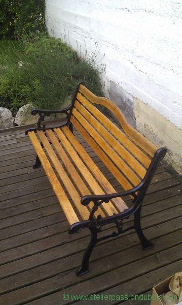 restaurer banc jardin restauration d 39 un banc de jardin avec d capage et peinture des parties. Black Bedroom Furniture Sets. Home Design Ideas