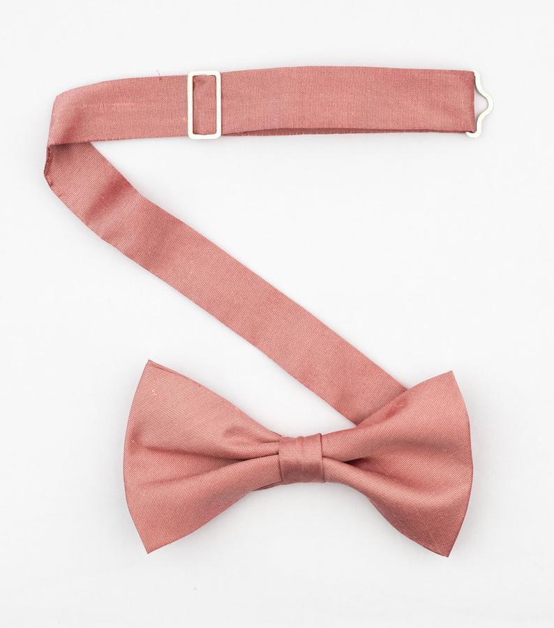 Blush Pink Bow Tie Men S Dusty Rose Wedding Bow Ties Dupioni Silk Pre Tied Bowtie In 2020 Dusty Rose Wedding Bow Tie Wedding Pink Bow Tie