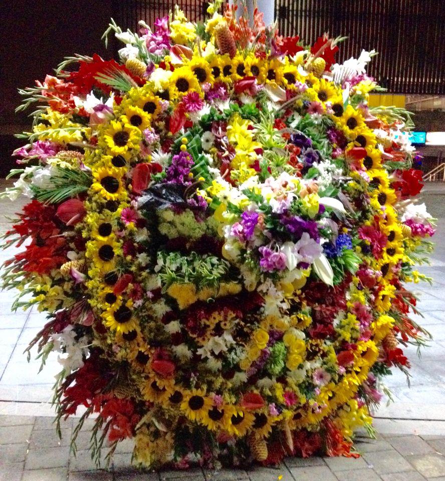Silletas Feria De Las Flores Medellin Flower Arrangement