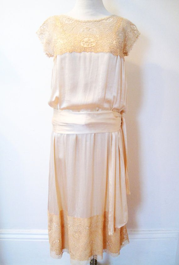 Vintage 1920s dress / silk satin 20s wedding dress with antique lace ...