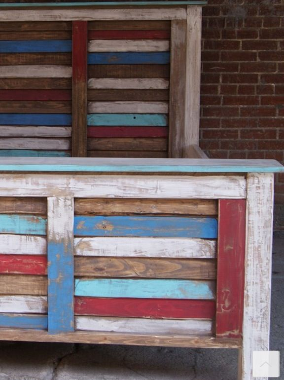 Painted and distressed pallet wood headboard and footboard ...