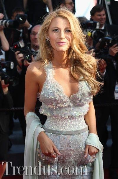 Blake Lively'nin kırmızı halı stili - Cannes Film Festivali
