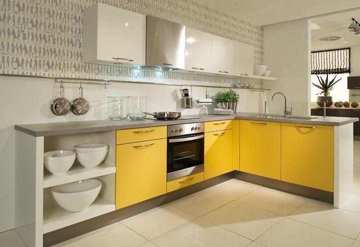 Küche in Gelb Eckküche www.dyk360kuechen.de Küchen