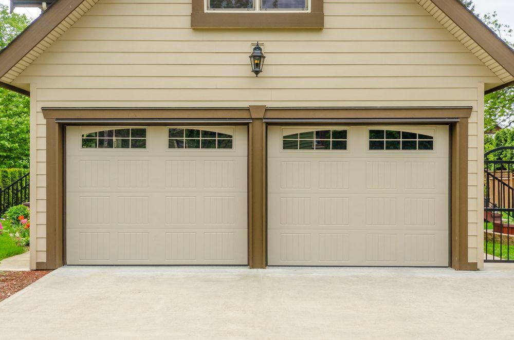 Employ An Experienced Garage Door Repairing Services In 2020 Garage Doors Garage Door Opener Repair Garage Door Installation