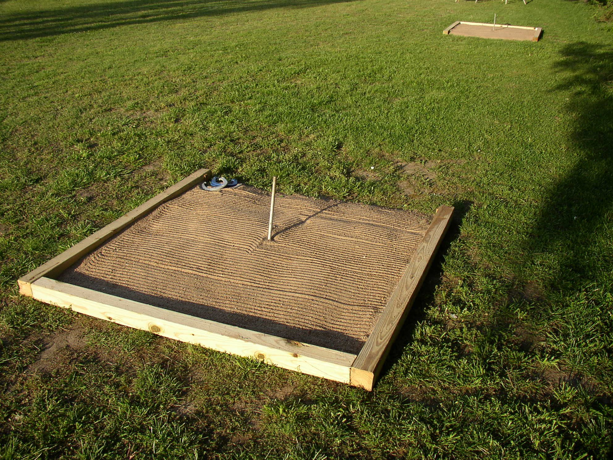 diy horseshoe pit horseshoe pits dimyself pinterest