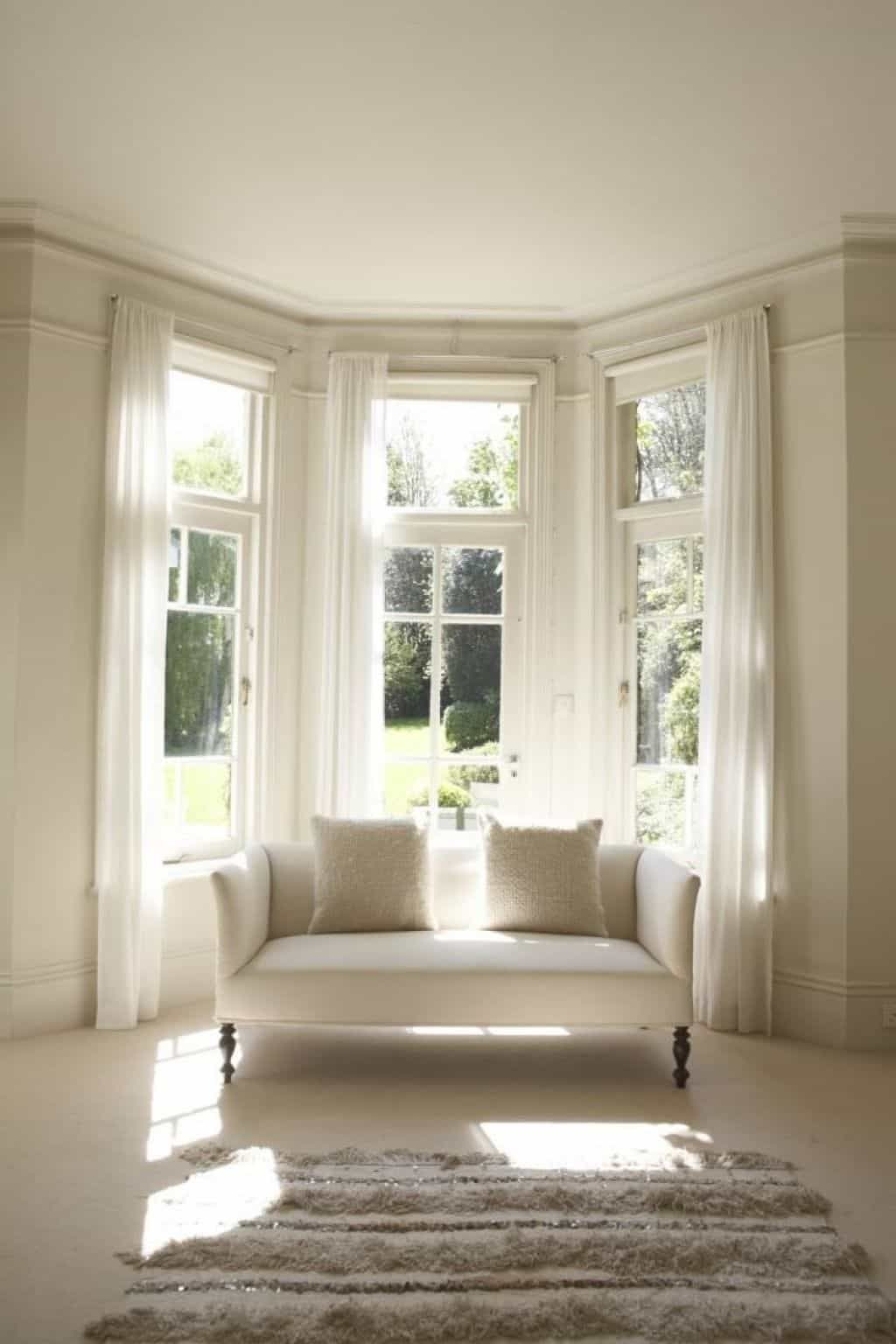 Bay Window Window Formed As The Exterior Expression Of A Bay Within A Structure A Bay In This Context Being An Interior Recess Made B Bay Window Living Room Bay Window #window #treatment #for #bay #windows #in #living #room