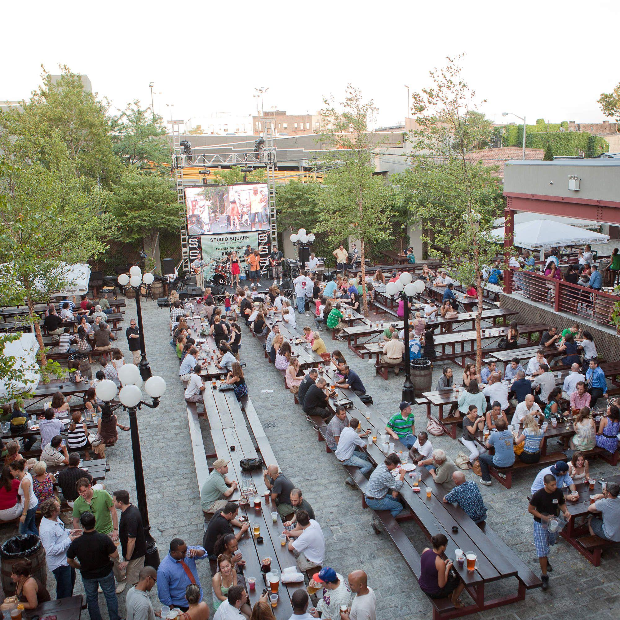 Nyc S 12 Best Outdoor Restaurants Bars Beer Gardens And More Outdoor Restaurant Beer Garden Outdoor