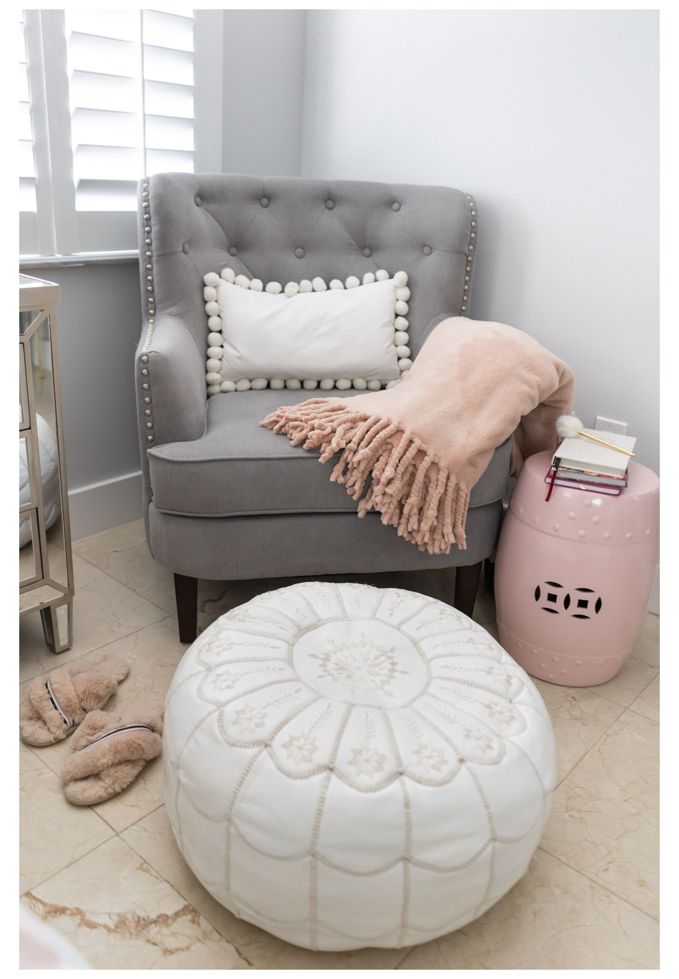 How To Make Your Bedroom Cozy Cozy Chairs For Bedroom I M Excited To Share Some Tips On How To Make Your Bedroo In 2020 Bedroom Corner Bedroom Vintage Cozy Bedroom