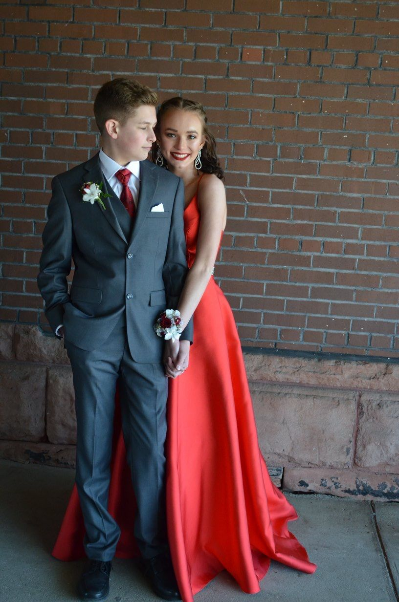 Red Prom Dress Grey Suit Prom Couples Red Prom Dress Red Prom Couple [ 1232 x 816 Pixel ]