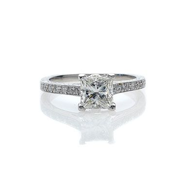 This looks identical to my wedding ring!