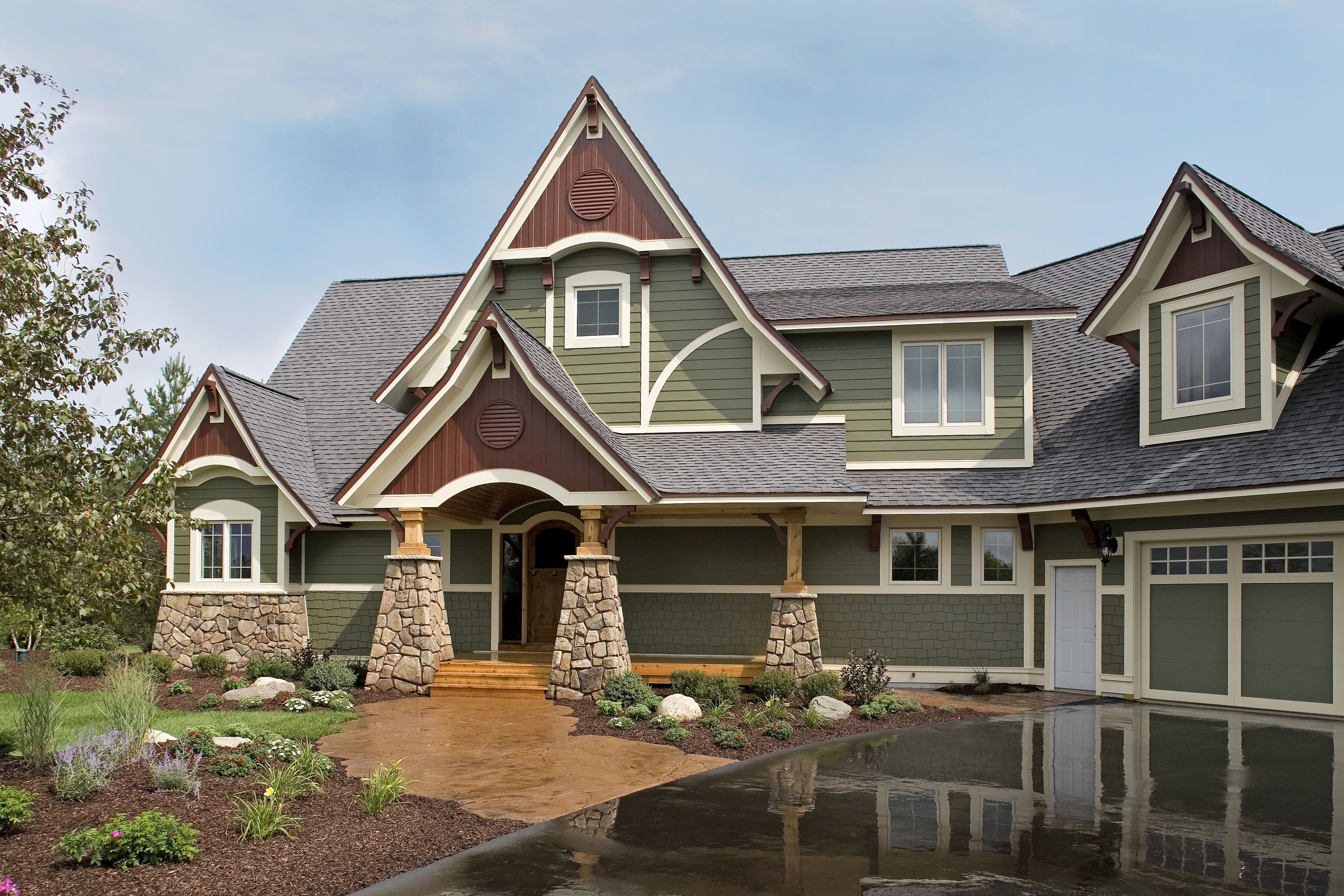 Twin Cities Siding Professionals Hardie Panel Minneapolis And St Paul House Siding Installation House Siding Hardie Siding