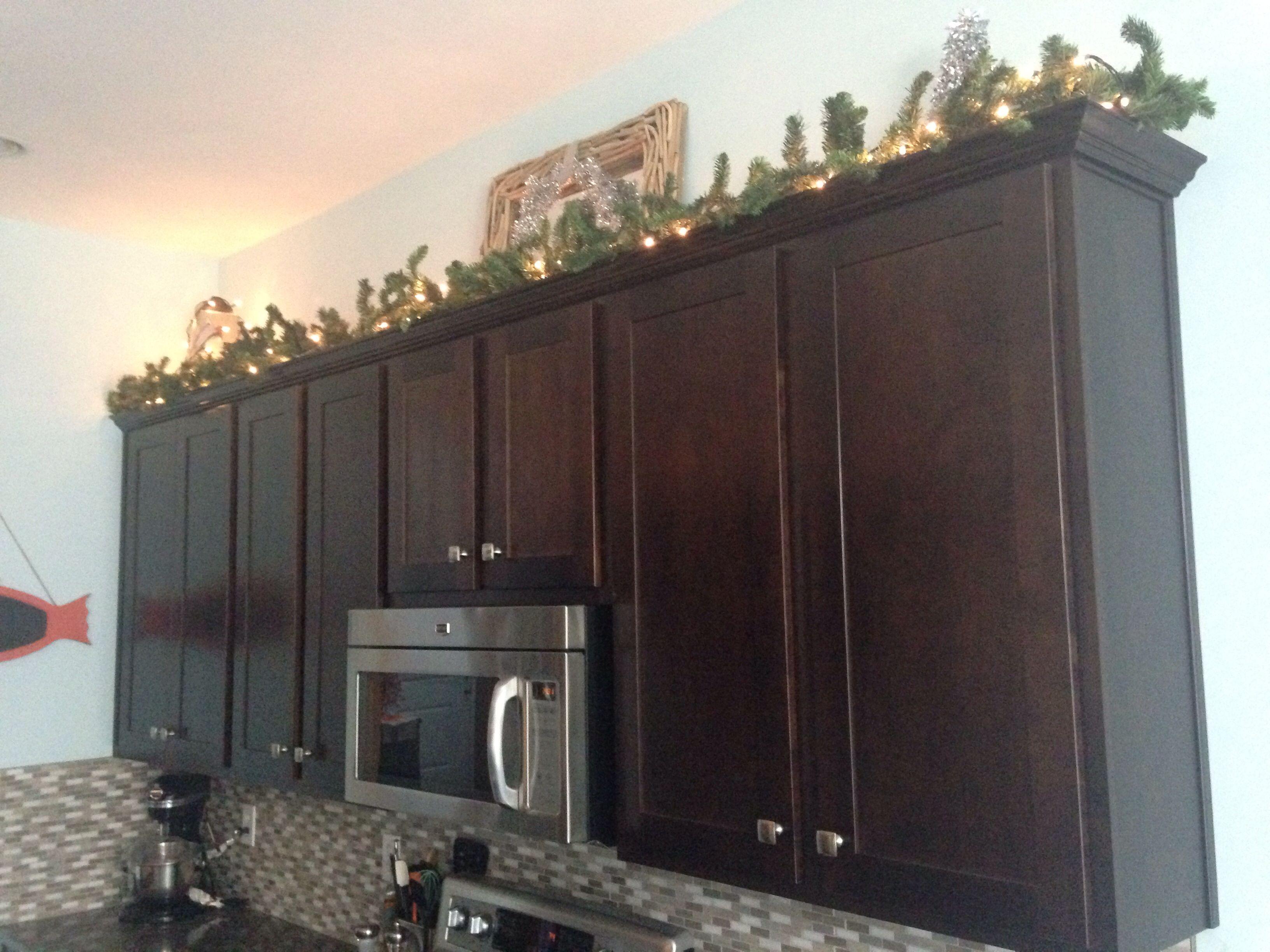 Kitchen cabinets garland, kitchen Christmas decor ...