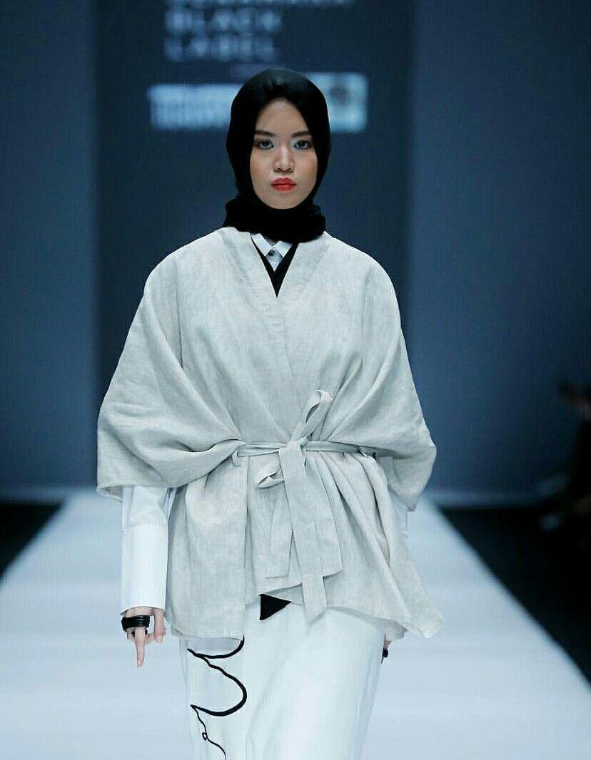 Pin By Dwike Samata On Hijab And Fashion Pinterest