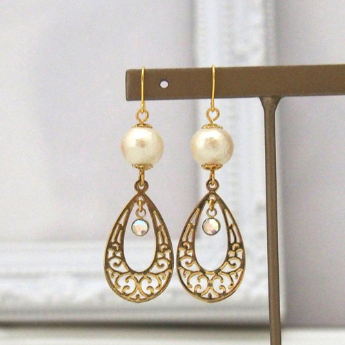 MiyabiGrace: Elegant Art Deco Style Cotton Pearl Earrings love,  #bridal  #ny -  gorgeous,  cotton pearl