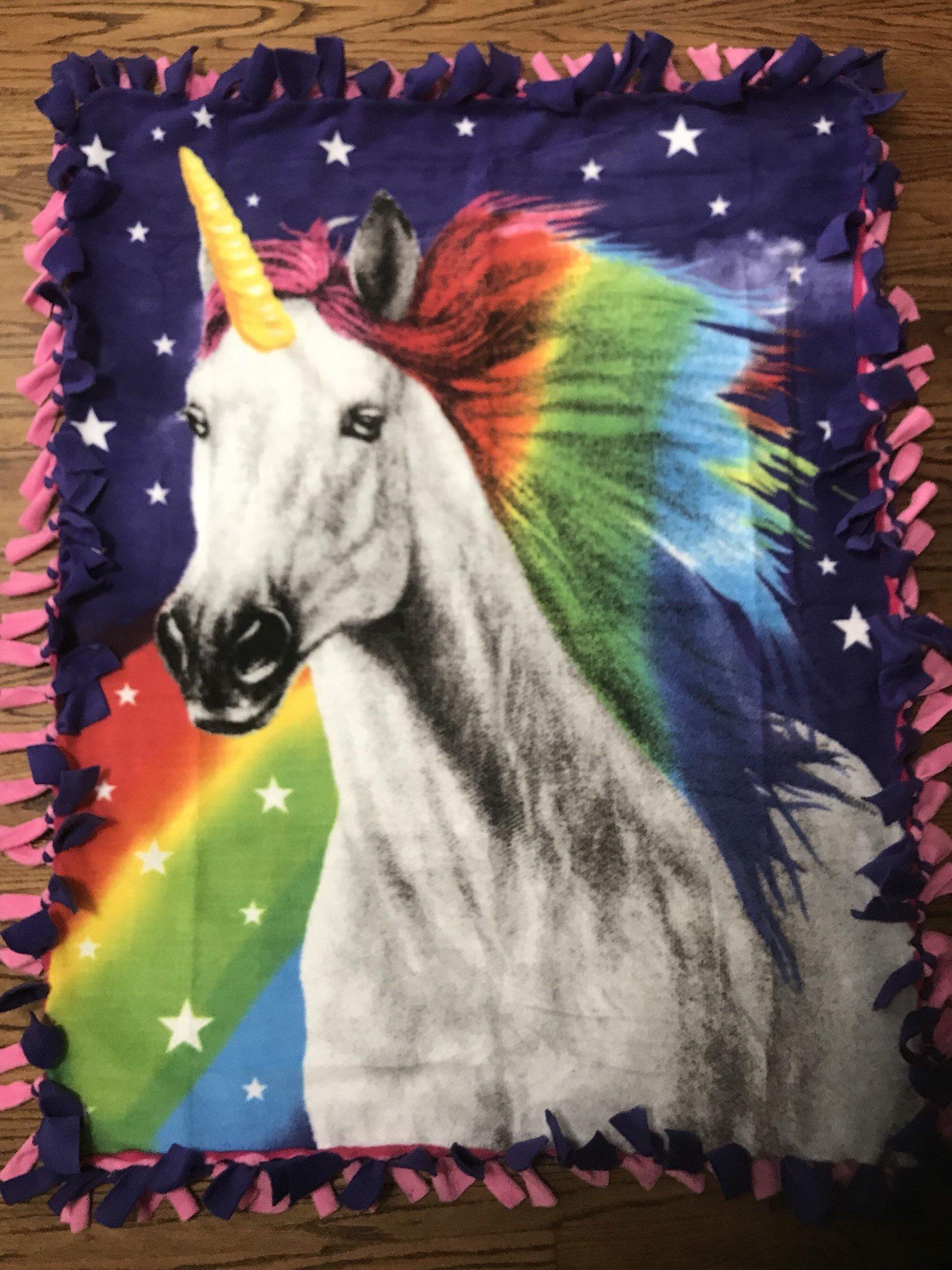 Unicorn fleece tie blanket in everydaysaholiday
