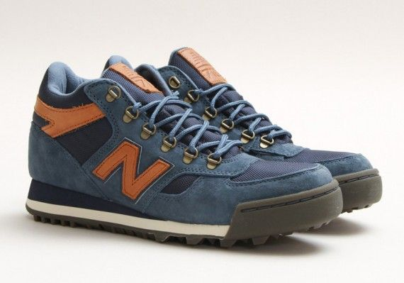 New Balance 710