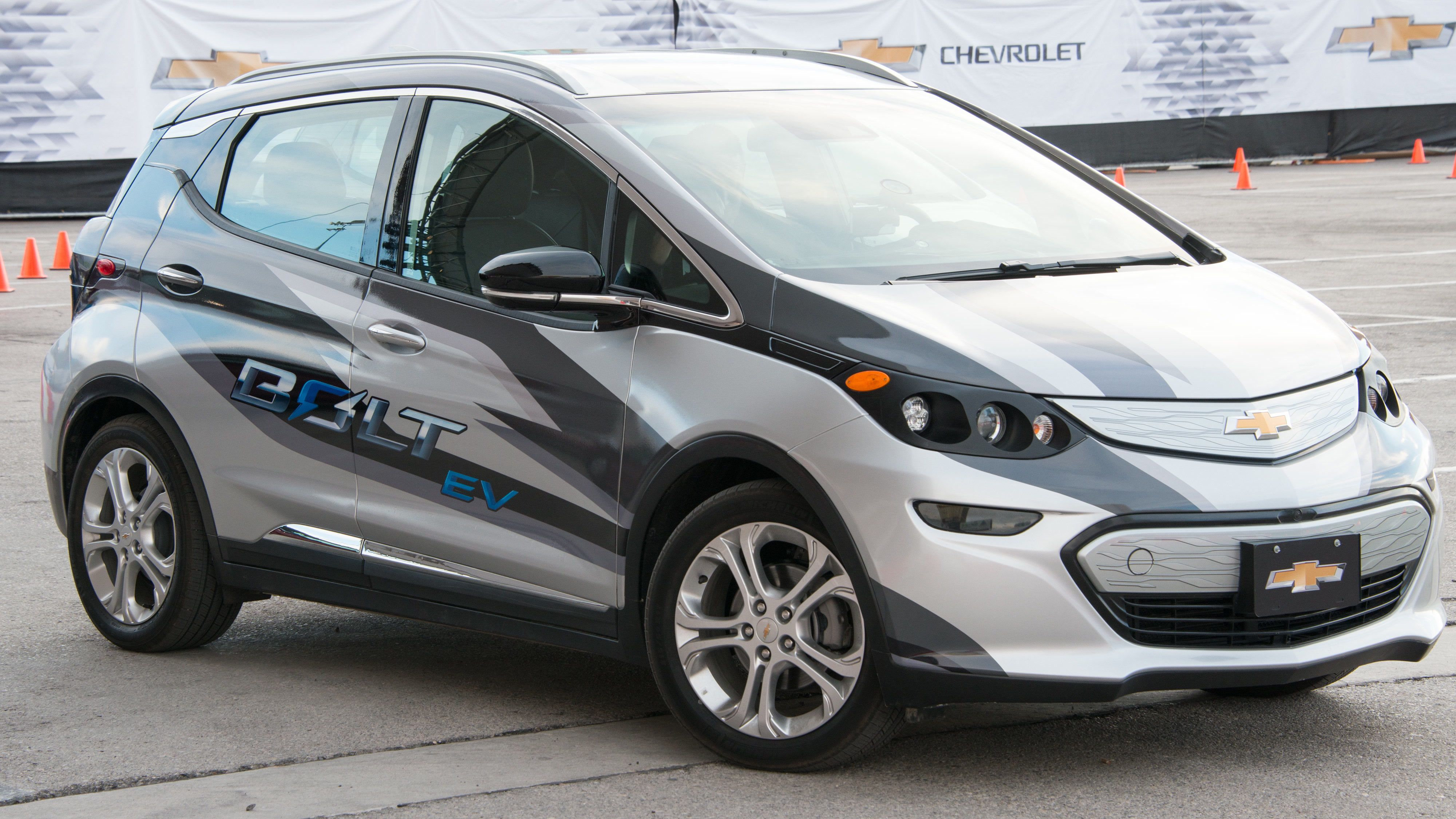 Chevy S Bolt Truly Is An Ev For The Everyman If He S Ready For