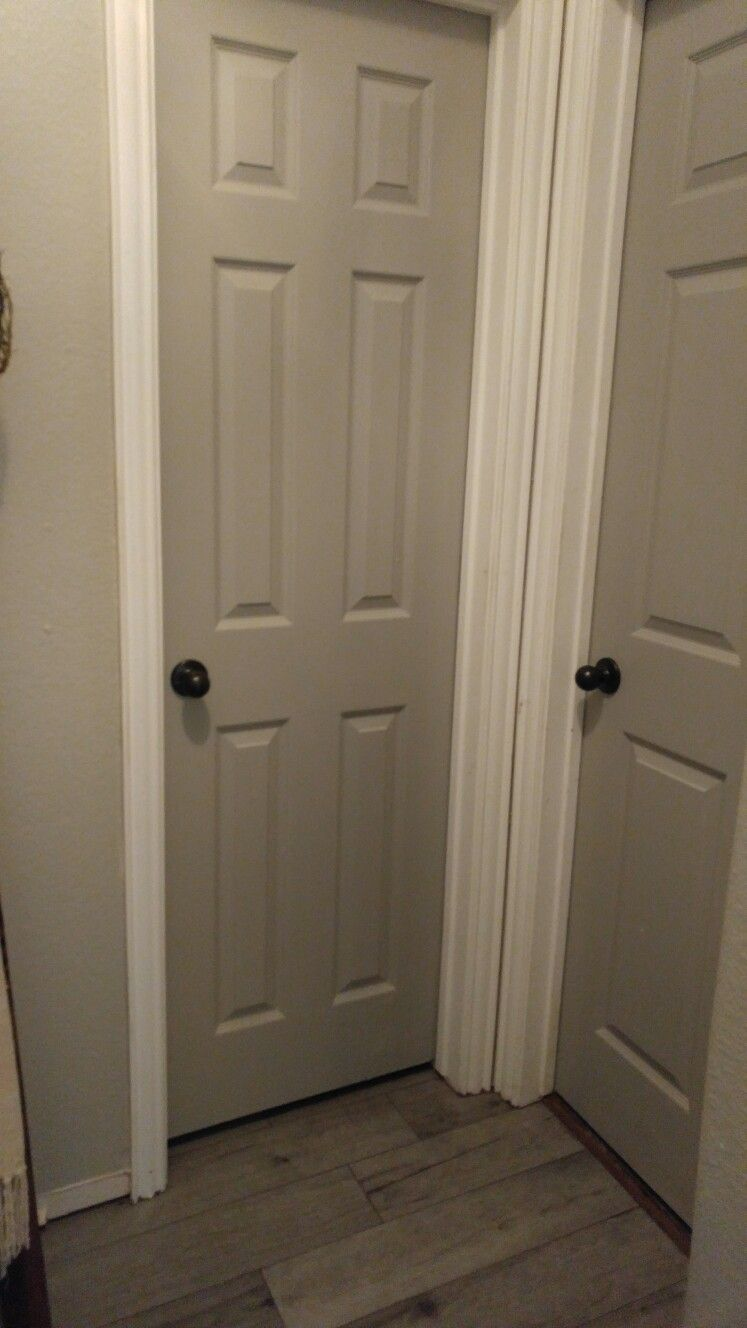 Door Painted With Sherwin Williams Pussywillow Paint Walls Benjamin Moore Revere Pewter Flo