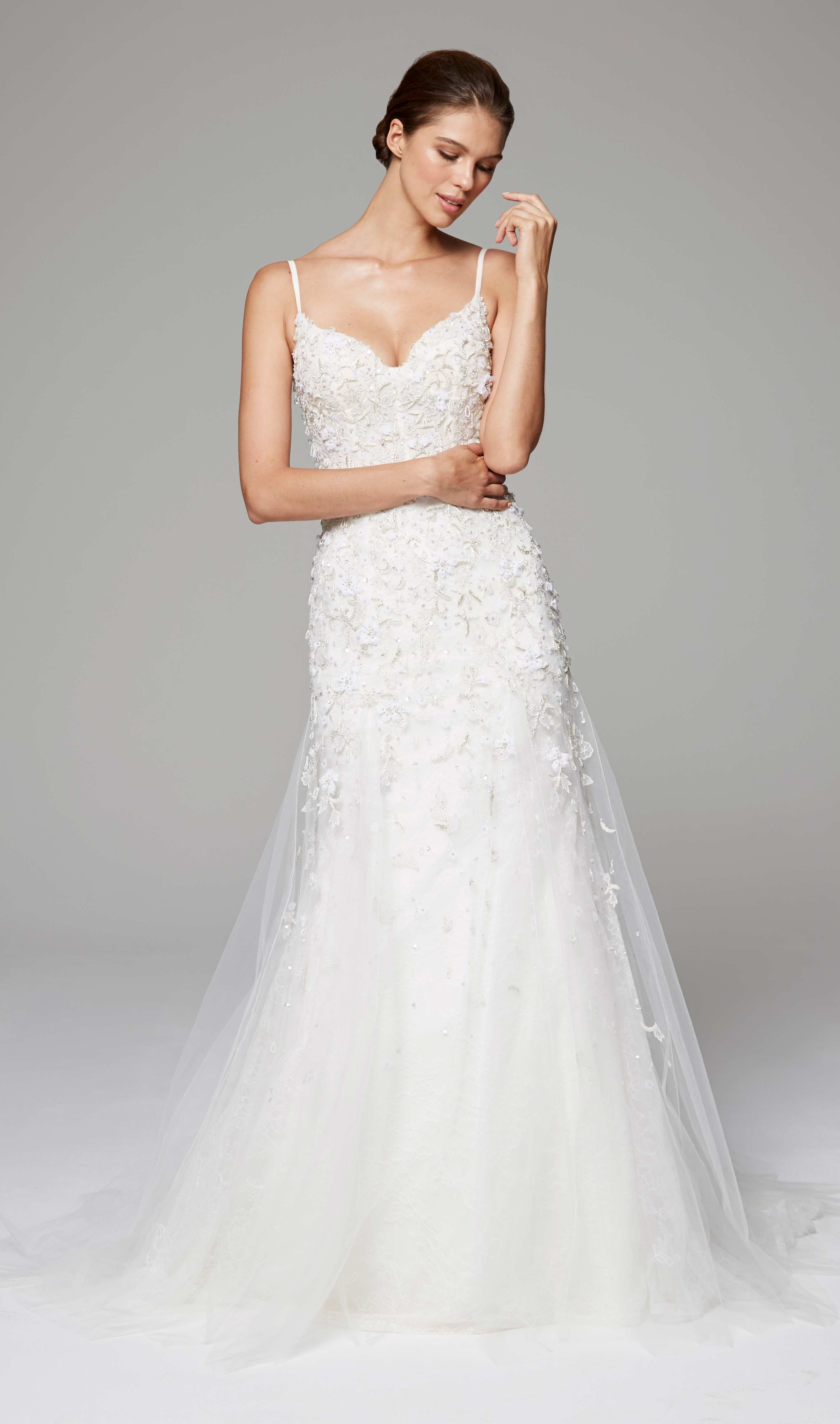 GWENDOLYN - Anne Barge Fall 2018   Wedding dress with corseted ...