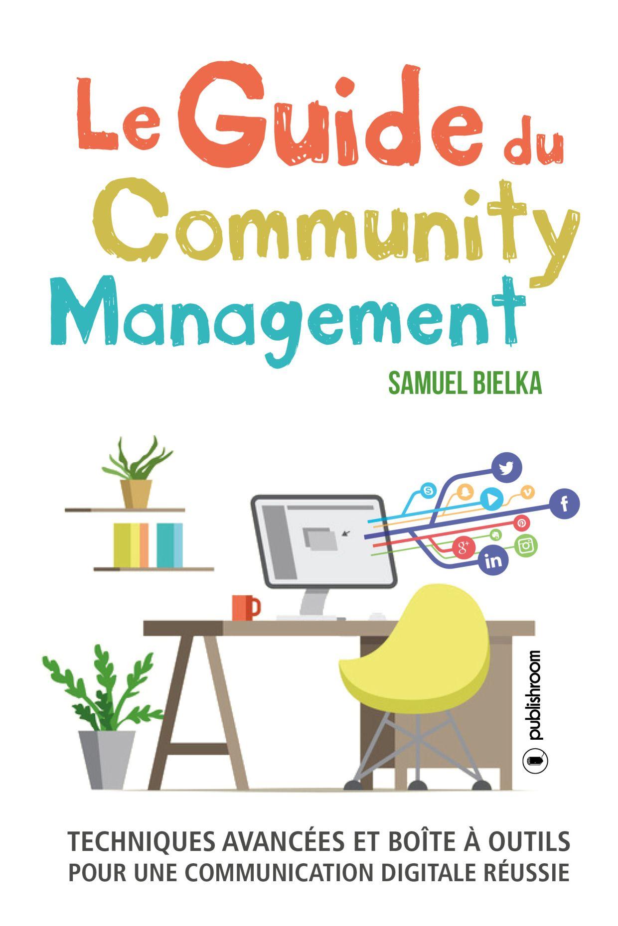 Un chargé de communication numérique et Community manager