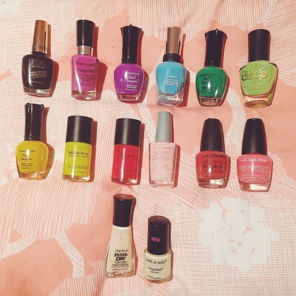 Matte/Flat Nail Polish Bundle Product(from top to bottom, left to right): Milani-Rapid Orchid- NEW/KleanColor- Neon Purple- NEW/ Wet N Wild- Through the Grapevine- USED ONCE/Sally Hansen- Himalayan Blue- USED ONCE/KleanColor- Neon Green- NEW/ LA Girl- Green Blacklight Polish- NEW/KleanColor- Neon Yellow- NEW/ Matte N A- Kiddy Flick- 3/4 FULL/Matte N A- Rated R- 3/4 FULL/Wet N Wild- Tickled Pink- 3/4 FULL/LA Colors- Pink- NEW/LA Colors- Hot Pink- NEW/Sally Hansen-Beige-3/4 FULL/Wet N Wild- 2%…