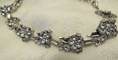 NWT BETSEY JOHNSON CLEAR CRYSTAL FLOWER STATEMENT NECKLACE/SILVER TONED
