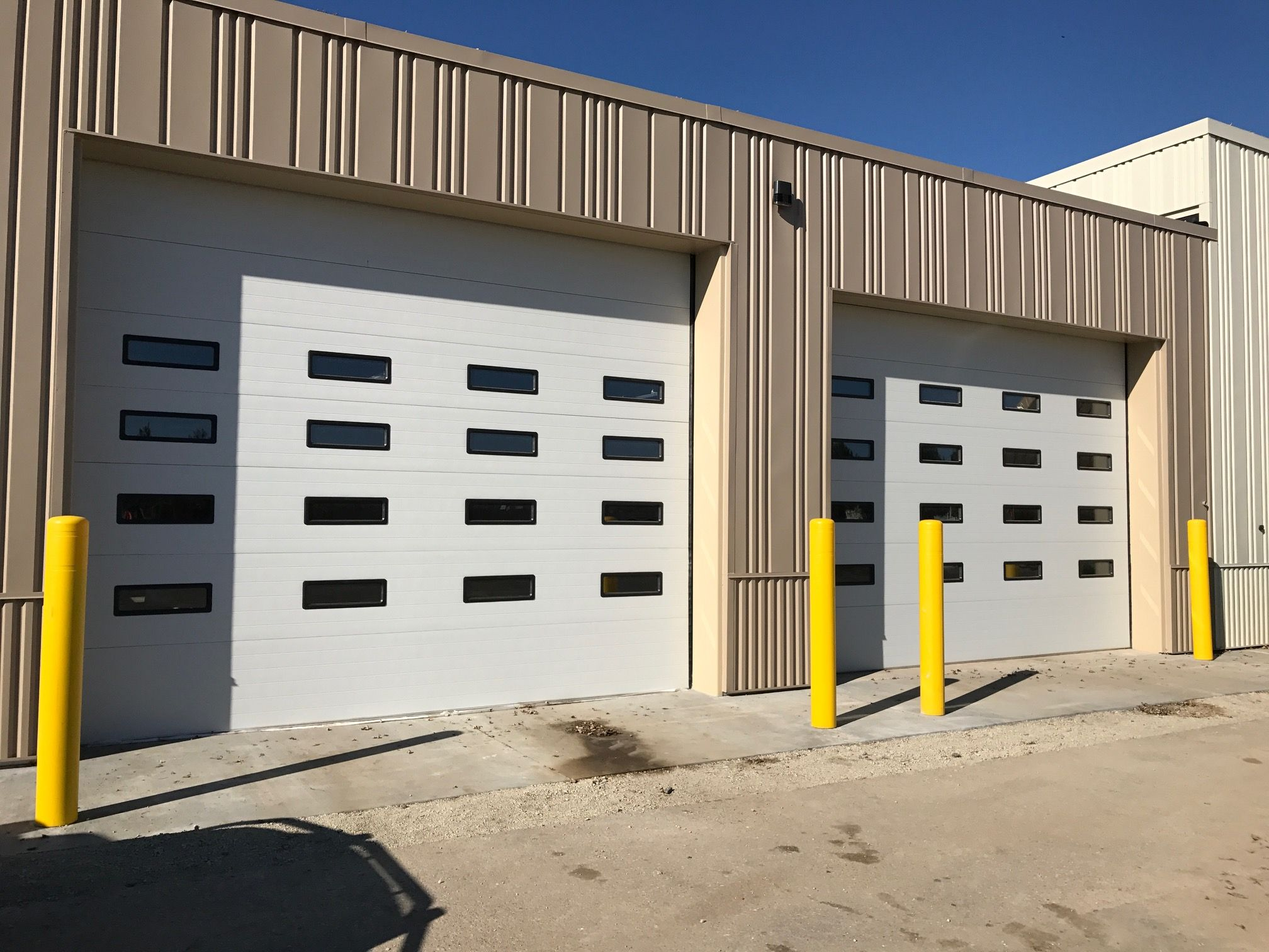 Pin By Quality Overhead Door On Commercial Garage Doors Garage