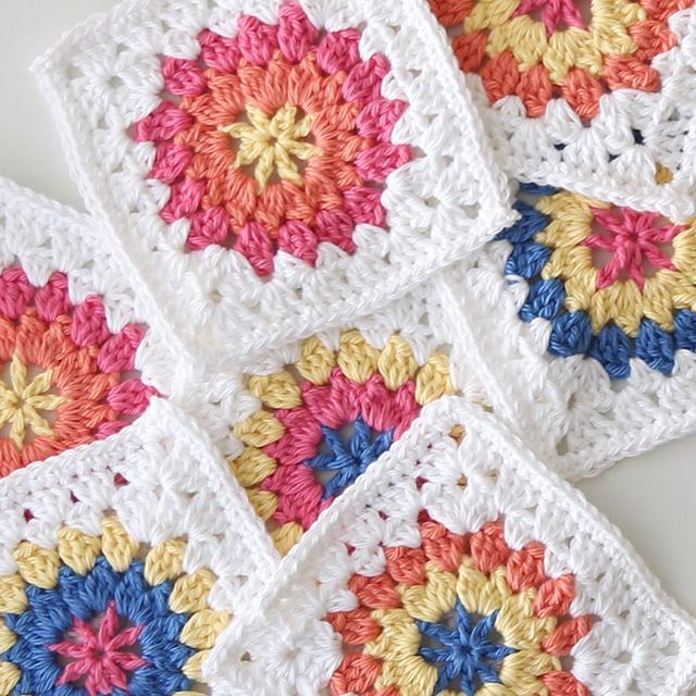 Colourful granny squares | Crochet by RedAgape | Pinterest ...