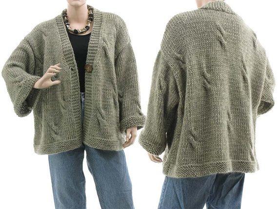 oversized 100/% wool hand knitted grey lemon