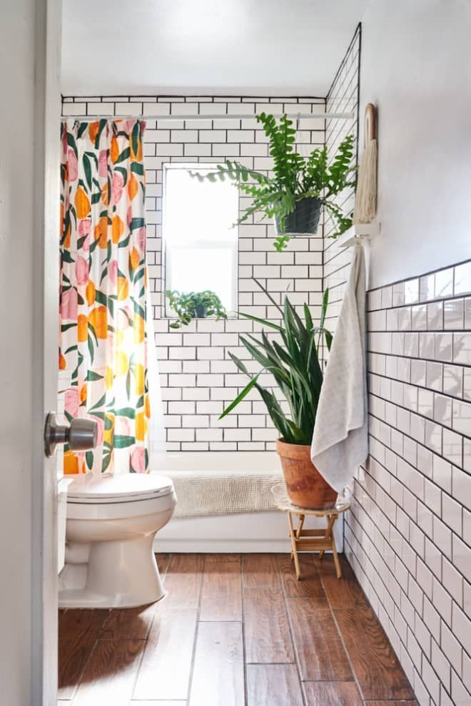 Here's the Easiest Way to Make a Small Bathroom Feel Enormous (Apartment Therapy Main) is part of  - Sometimes a simple fix is all that's needed to give a room a second life  The little things count most—like giving a room a new coat of paint, changing the drapes, or swapping out the shower curtain