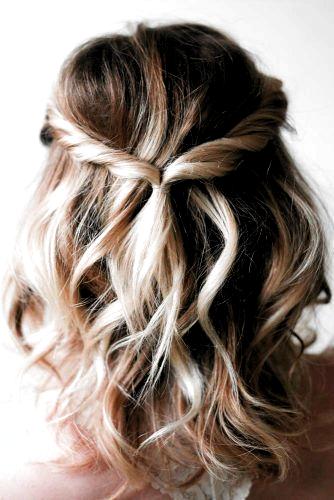26 Homecoming Hairstyles For Medium Length Hairstyles Ha In 2020 Cute Hairstyles For Medium Hair Wedding Hairstyles For Medium Hair Prom Hairstyles For Short Hair