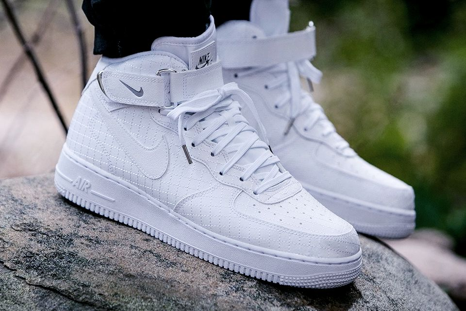 separation shoes a0f59 0c757 Air Force 1 Mid  07 LV8  Quilted Pack  (via Kicks-daily.com)