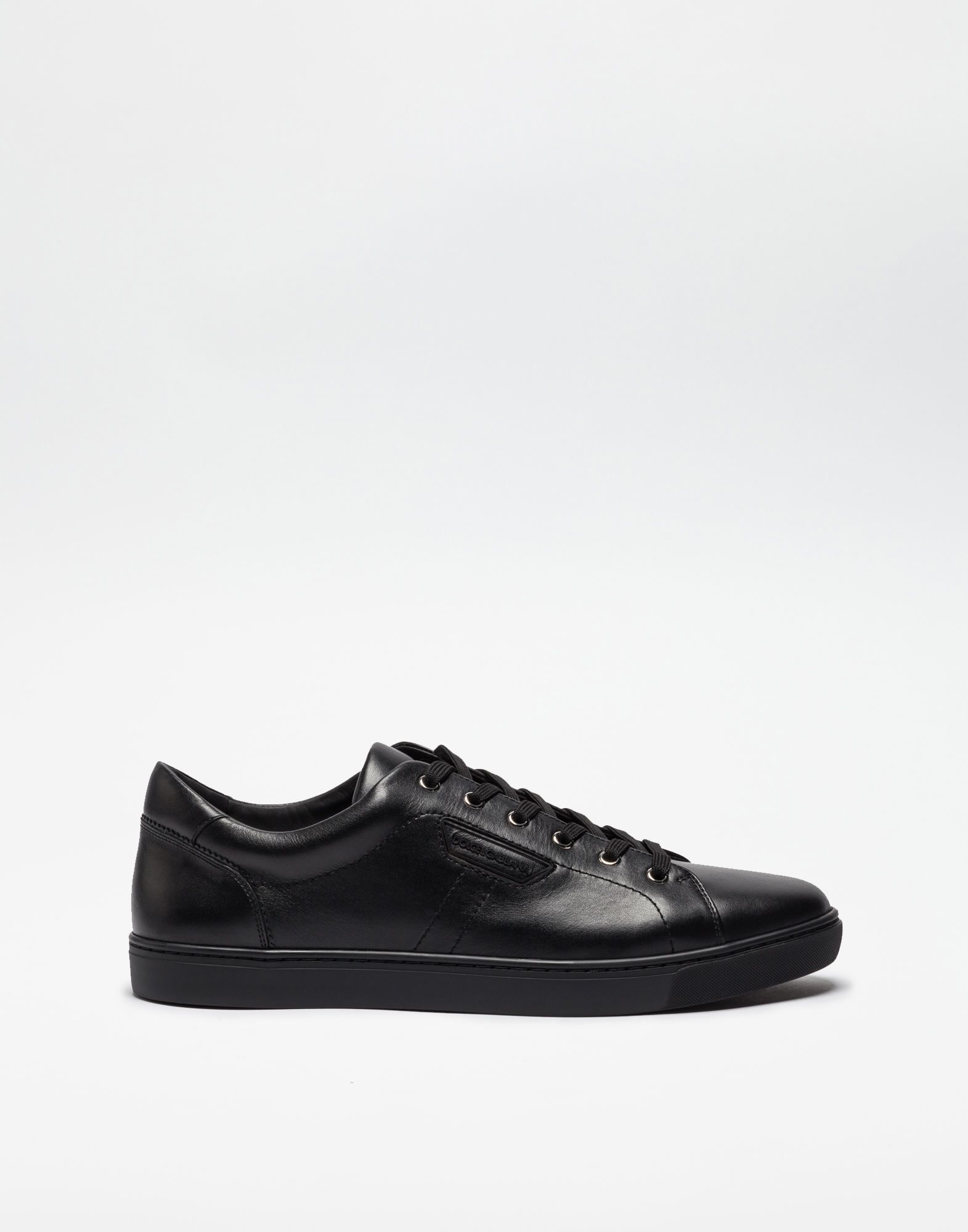 DOLCE & GABBANA London Leather Sneakers. #dolcegabbana #shoes #