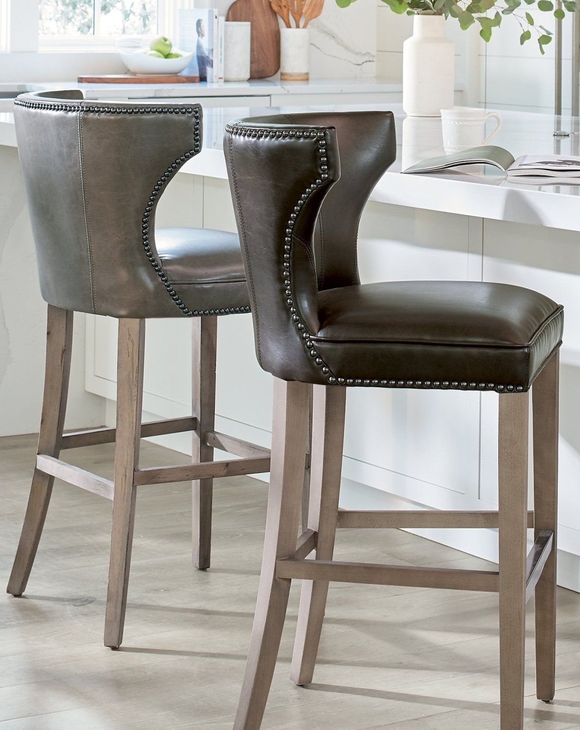 Gracefully Styled With A Swooping Winged Back The Vintage Look Meredith Counter Stool Is Really Comfortable Too W Counter Stools Furniture Dining Room Small