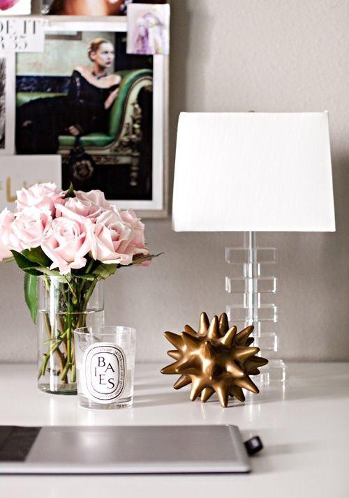 Love tis decor for a desk!