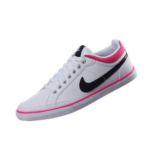 Haz que tu estilo sea diferente con los tenis Capri III de Nike para mujer,