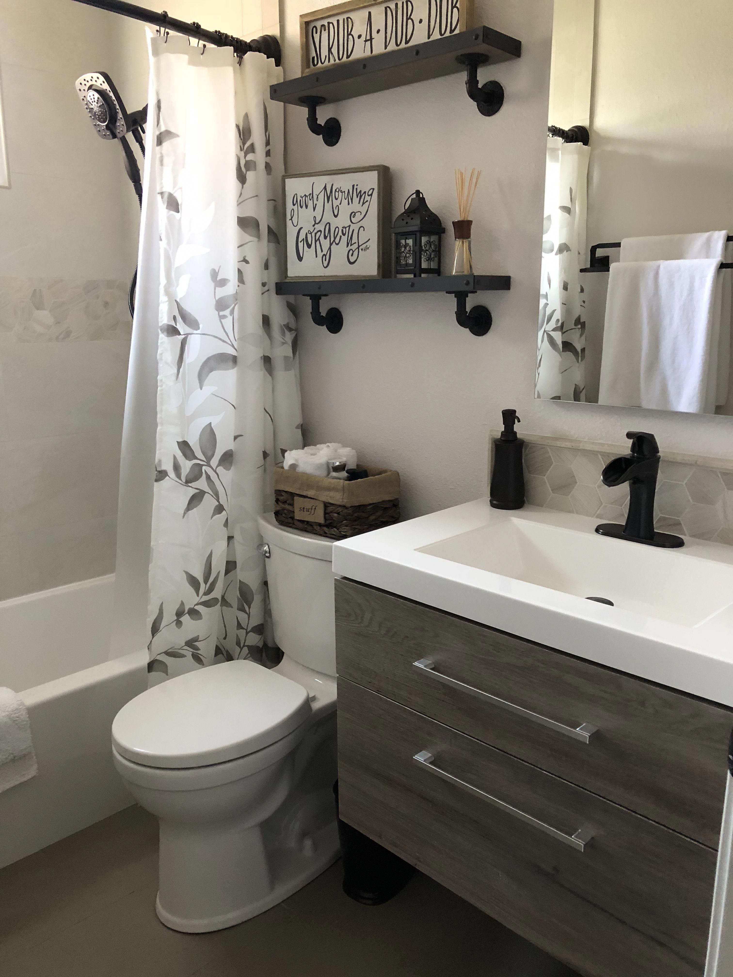 36 Beautiful Farmhouse Bathroom Decor Ideas You Will Go Crazy For Small Bathroom Remodel Small Bathroom Decor Bathroom Design Small