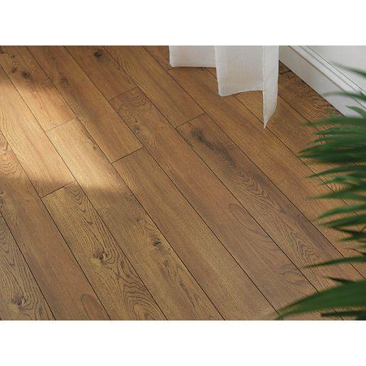 Wickes Cavallo Oak Laminate Flooring | Oak laminate flooring, Oak laminate, Flooring