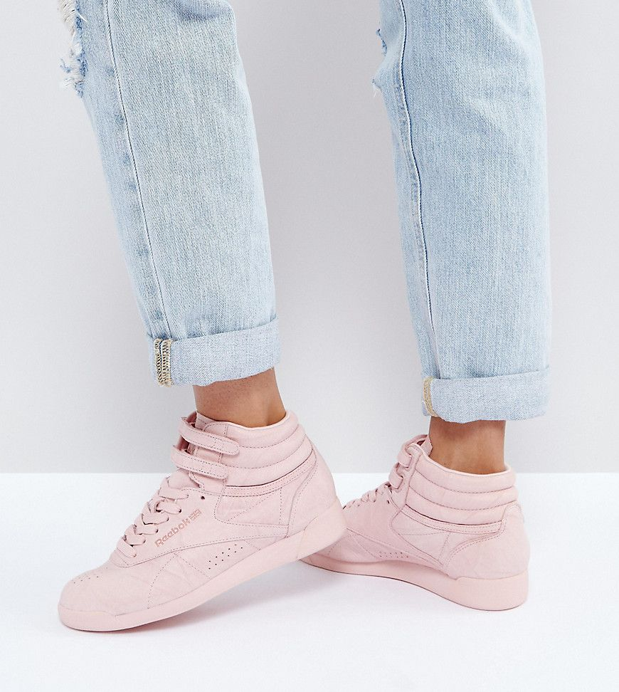 45a2c9566b1 Get this Reebok's high sneakers now! Click for more details. Worldwide  shipping. Reebok
