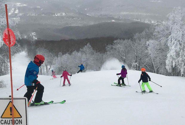 No Car Skiing Day Trips Ski Bus Deals And Packages From Nyc