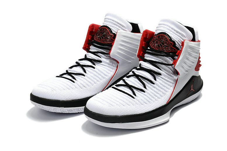 62566c468ca Air Jordan 32 XXXII Womens Shoes White Black Red Size 10