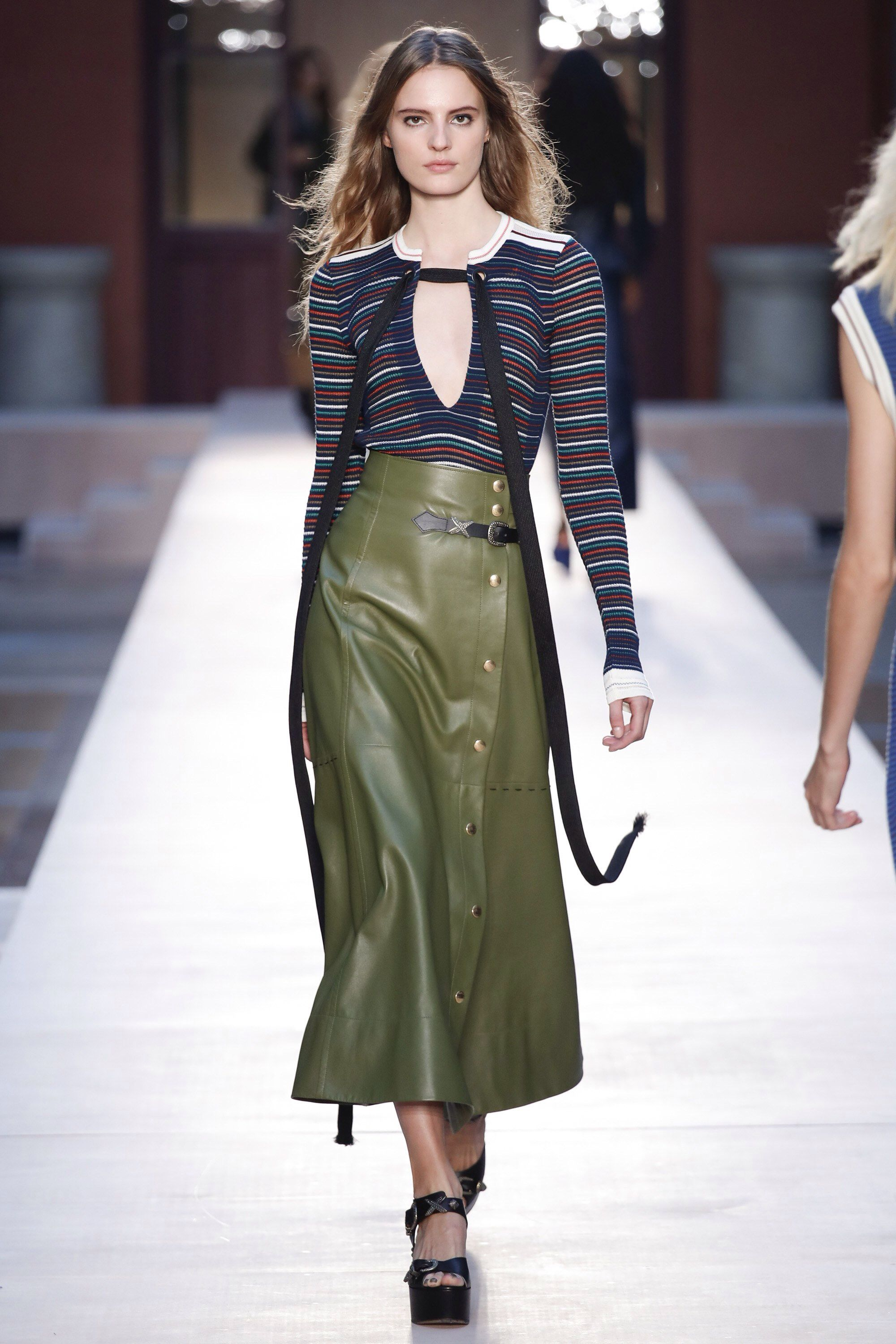 e2598dcde3 Sonia Rykiel Spring 2017 Ready-to-Wear Fashion Show in 2019 | Style ...